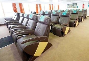 bahamas_express_bahama_mama_seating_2