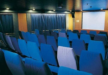 brittany_ferries_mont_st_michel_cinema