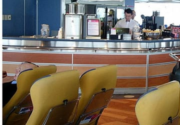 brittany_ferries_normandie_express_bar_area