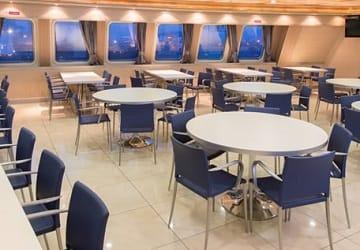 irish_ferries_epsilon_cafe_seating