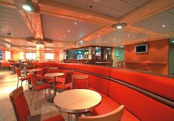 trasmediterranea_las_palmas_de_gran_canaria_restaurant_seating